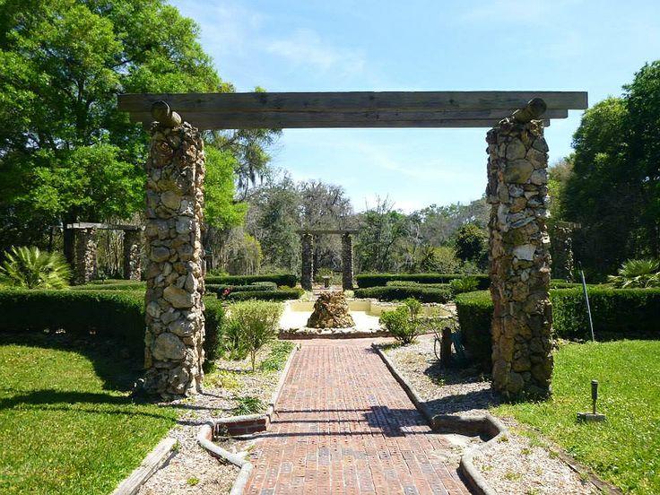 Palatka Resorts near St Johns River FL   Ravine State Garden Parks